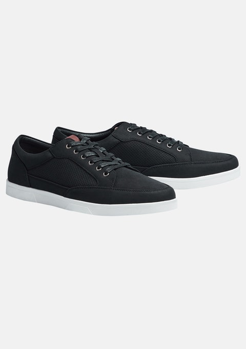 Black Riverdale Shoe